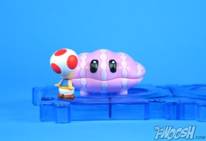 Jakks-Pacific-World-of-Nintendo-Micro-Land-1-2-Review-toad-waters-3