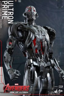 Hot Toys The Avengers Age of Ultron Ultron 6