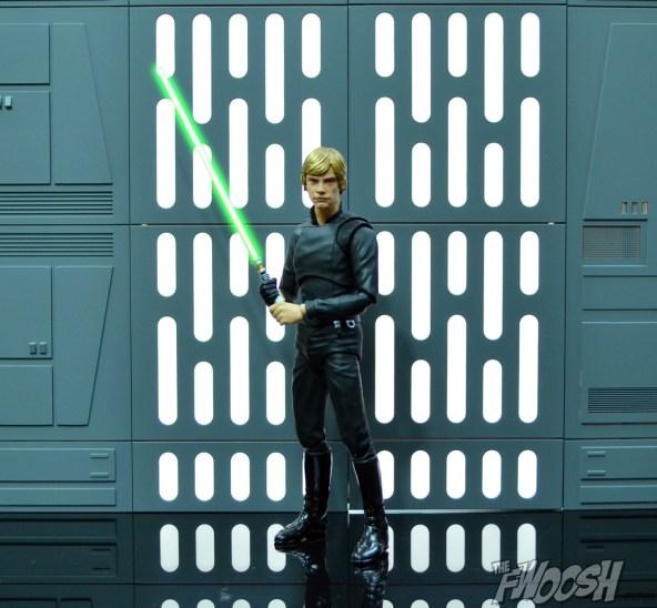 Bandai-SH-Figuarts-Star-Wars-Jedi-Luke-Skywalker-Bast-of-2015-3