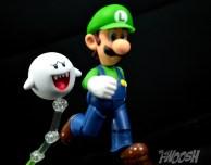 SH-Figuarts-Bandai-Super-Mario-Playset-D-Review-boo-chase
