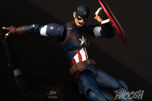 Bandai S.H. Figuarts Avengers Age of Ultron Captain America 0