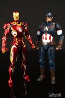Bandai S.H. Figuarts Avengers Age of Ultron Captain America 5