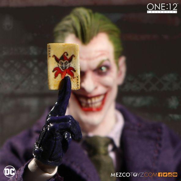 mezco-toyz-one-12-collective-dc-joker-02