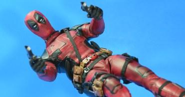 hot-toys-movie-masterpiece-deadpool-mms-437-ryan-reynolds-09