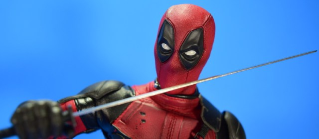 hot-toys-movie-masterpiece-deadpool-mms-437-ryan-reynolds-featured