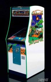 FREEing-Bandai-Namco-arcade-cabinet-review-galaxian
