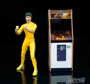 FREEing-Bandai-Namco-arcade-cabinet-review-scale