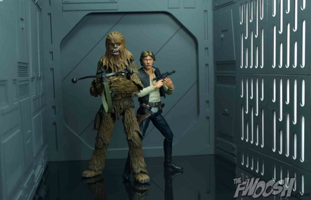 SH-Figuarts-Bandai-Star-Wars-Chewbacca-Review-DS-1