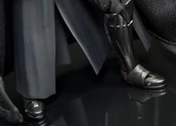 SH-Figuarts-Bandai-Star-Wars-ANH-Darth-Vader-Review-boot