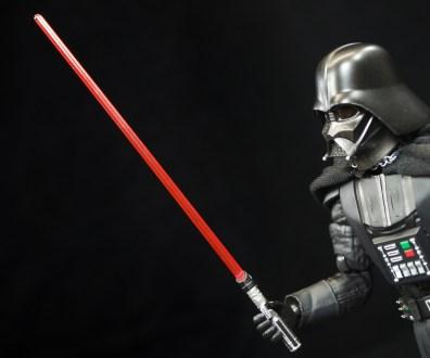 SH-Figuarts-Bandai-Star-Wars-ANH-Darth-Vader-Review-light-saber