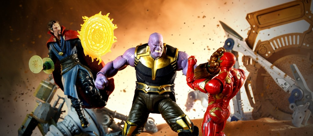 Hasbro: Avengers Infinity War Thanos, Iron Man, and Dr