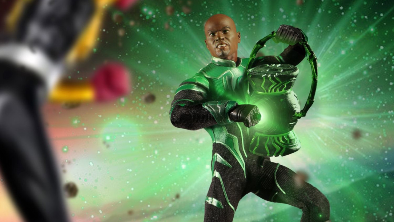 Mezco One12 Collective Green Lantern John Stewart Figure Intergalatic Guardian