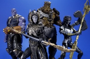 Hasbro Marvel Legends Avengers Infinity War Corvus Glaive and Loki 2 Pack 03