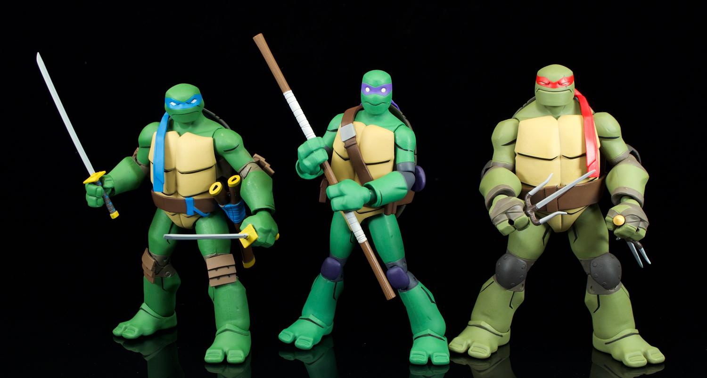 Dc Collectibles Batman Vs Tmnt Donatello And Batgirl Review Fwoosh