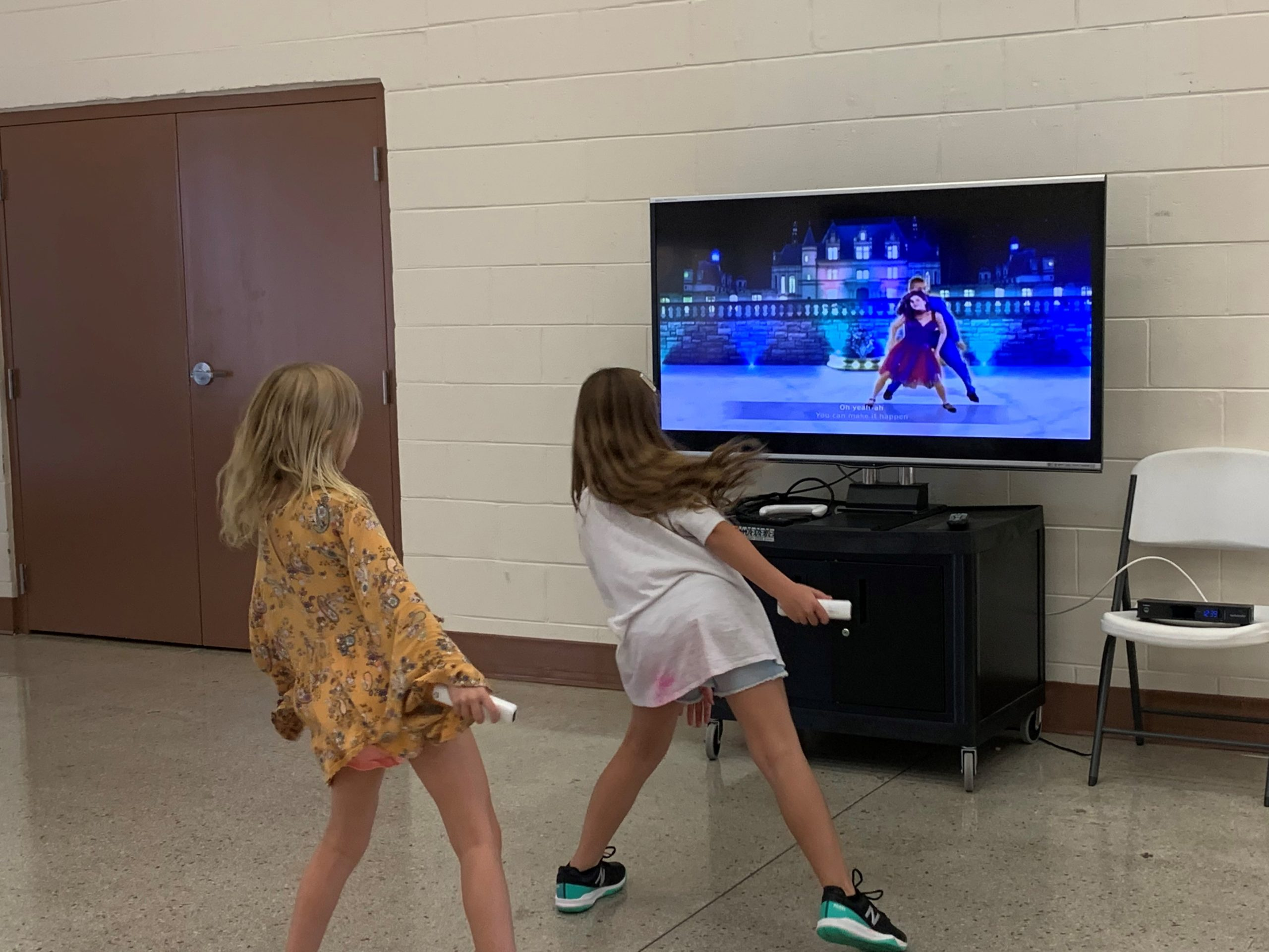 Gulfport Florida kids summer campers play Wii