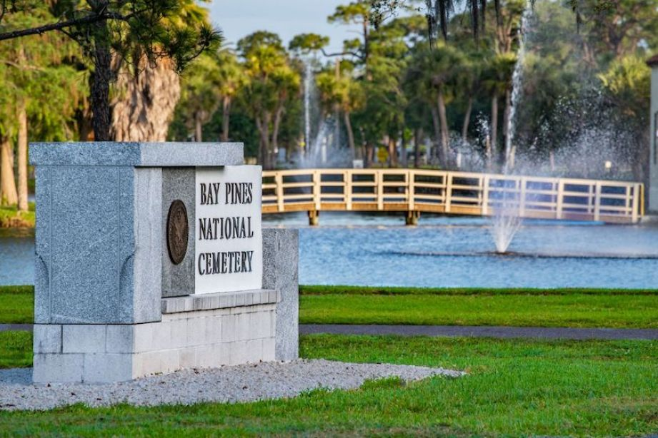 A sign outside for the Bay Pines National Cemetery