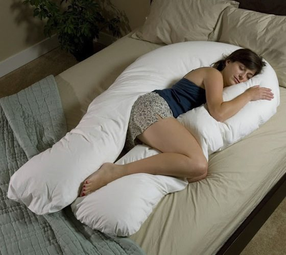 The-Total-Body-Support-Pillow