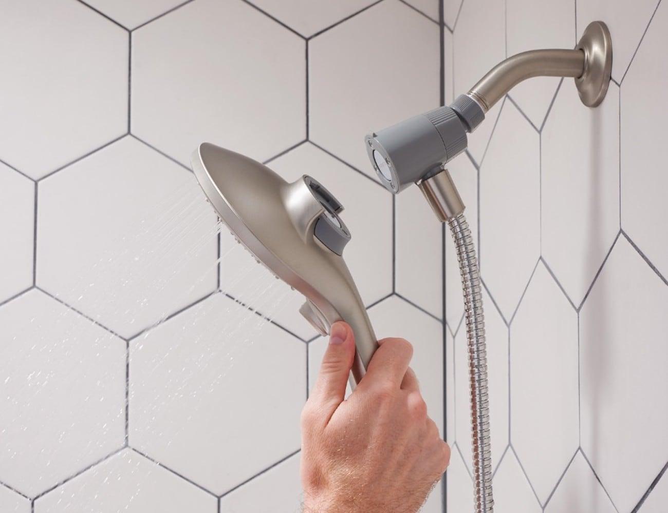 Moen Attract Magnetix Handheld Shower