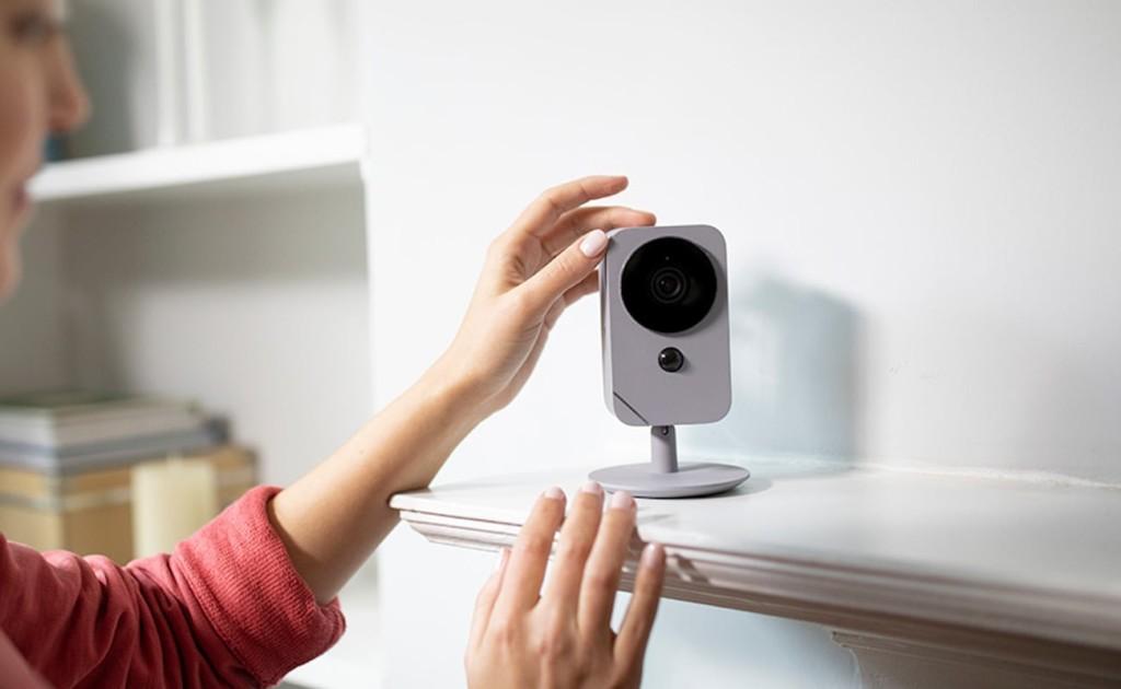 "Indoor security HD camera blue ""width ="" 1024 ""height ="" 630"