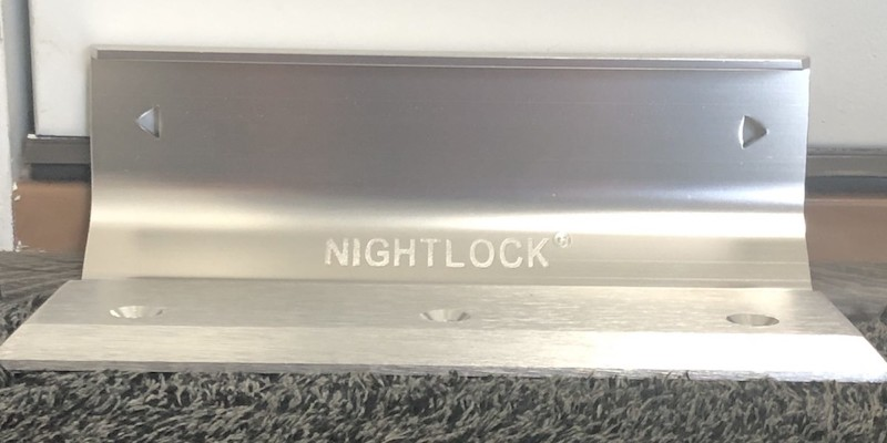 NIGHTLOCK Original door brace