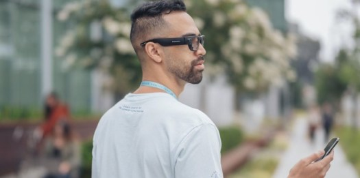 Facebook Reality Labs Project Aria smart glasses