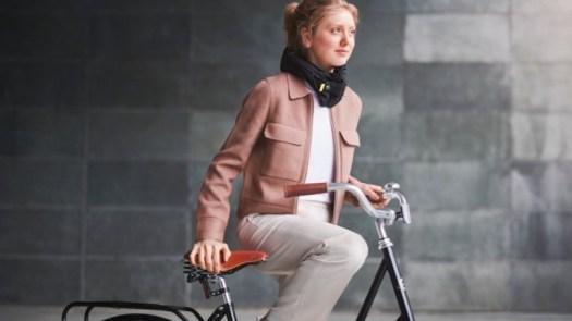 Hövding 3 urban cyclist airbag