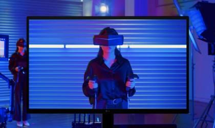 LG UltraFine OLED Pro 4K monitor
