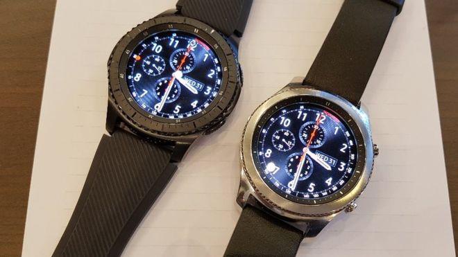 samsung gear s3 classic vs gear s3 frontier specs comparison the