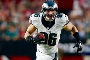 Zach Ertz will continue to be targeted this week as the high scoring Redskins visit Philadelphia. (Courtesy of; Bleacher Report)
