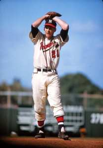 Honoring baseball's military veterans