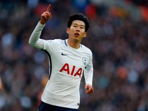 Tottenham no longer feeble in attack without Kane