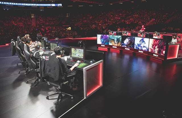2016 ROX Tigers and SKT are two of the best teams of all time