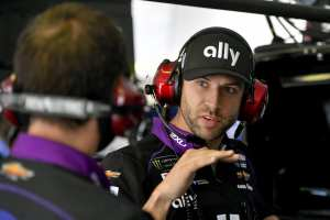 http://www.hendrickmotorsports.com/news/articles/99962/cliff-daniels-named-crew-chief-for-jimmie-johnson-no-48-team