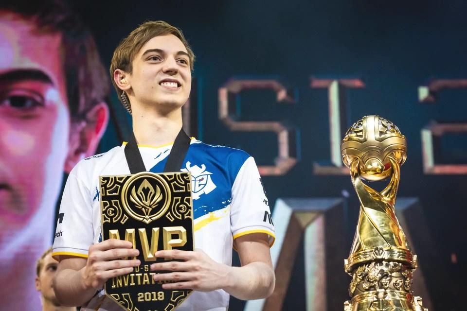 Caps MSI MVP