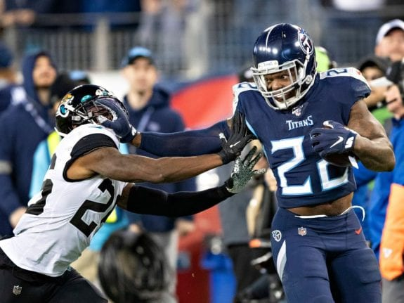 Is Derrick Henry the best running back in 2020?