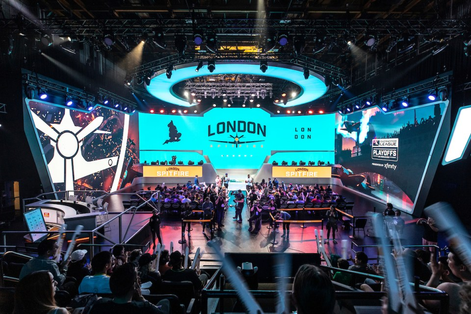 London Spitfire Welcome Noukky