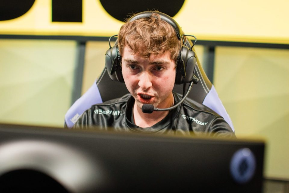 How Dignitas went from Contender to Pretender in a Matter of Weeks.