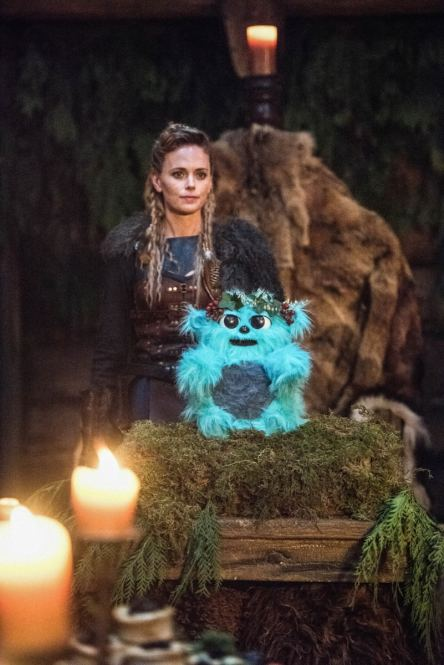 Katia Winter as Freydis Eriksdottir. Photo courtesy of DC Legends TV.