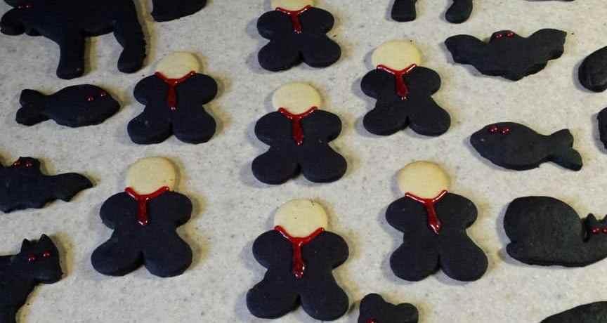 TGON-Bakes-Slenderman-cookies