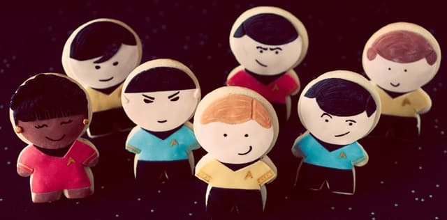 TGON-Bakes-Star-Trek-Cookies