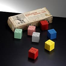 interlocking cubes lego