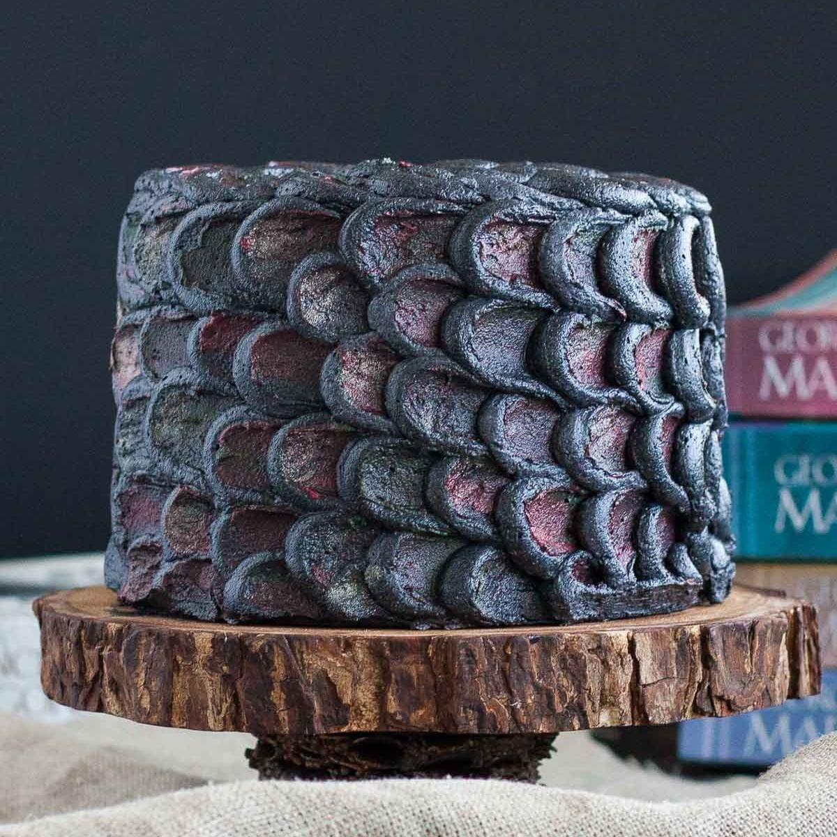 TGON-BAKES-GOT-DRAGONSCALE-CAKE