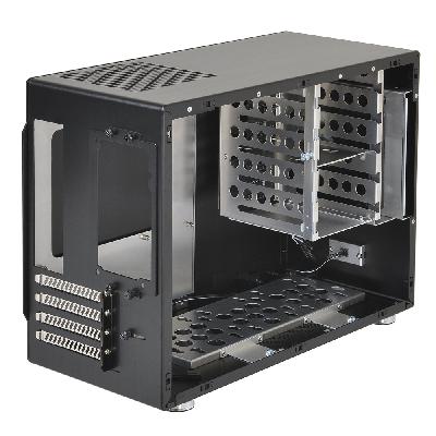 Lian Li PC-M25 (1)