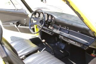 1972 Porsche 911T Targa amarela