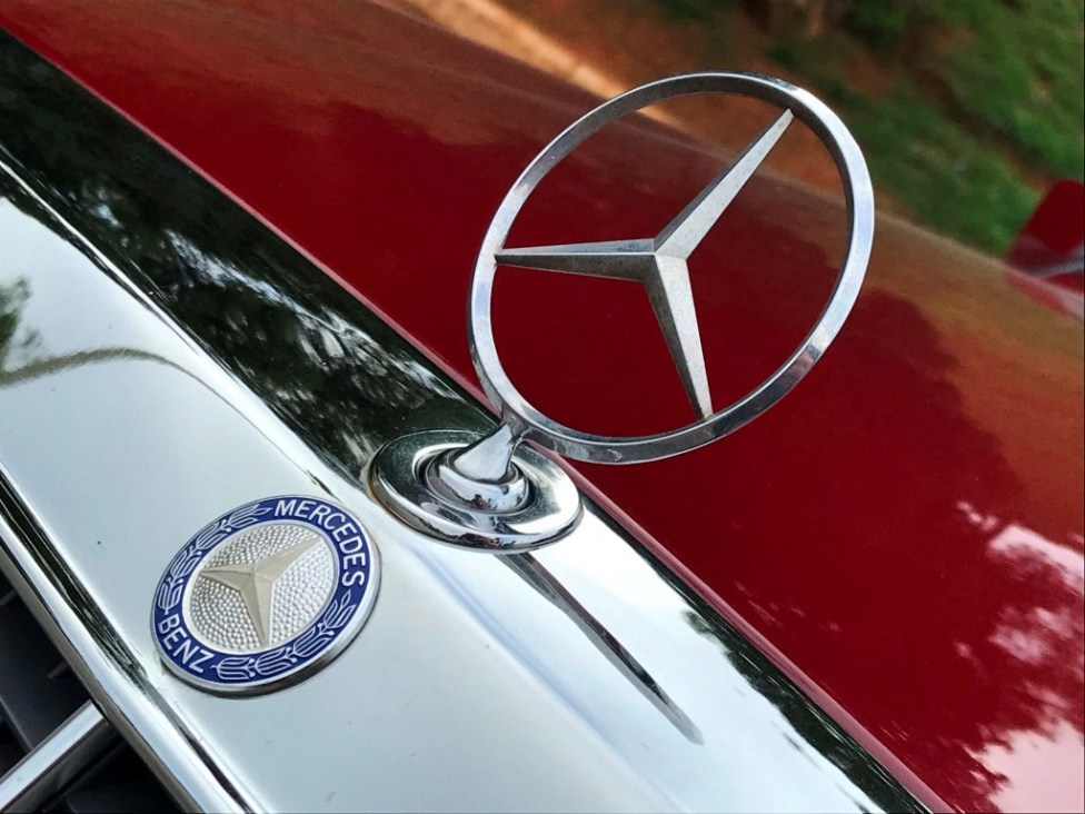 1991-Mercedes-benz-300TE-thegarage-16