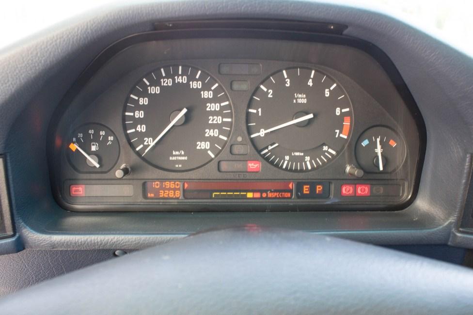 1993-BMW-525i-touring