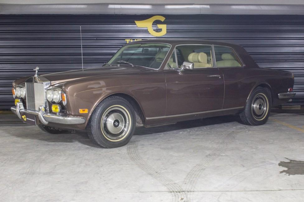 1974-rolls-royce-corniche-the-garage-loja-de-carros-antigos