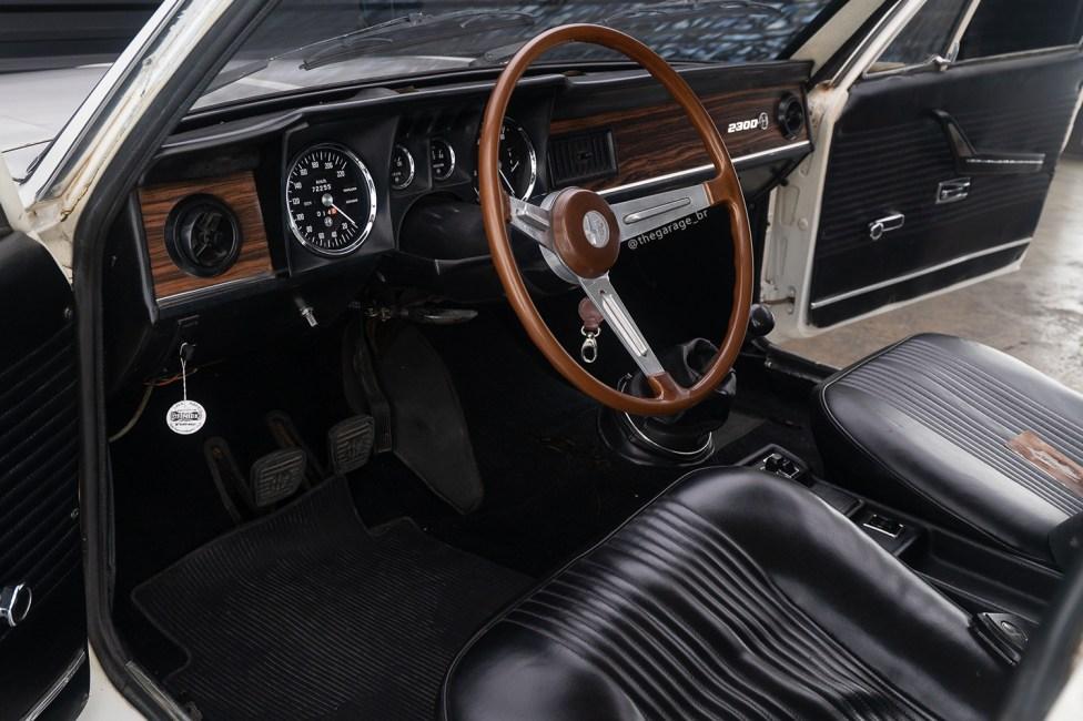 Interior Alfa Romeo 2300ti