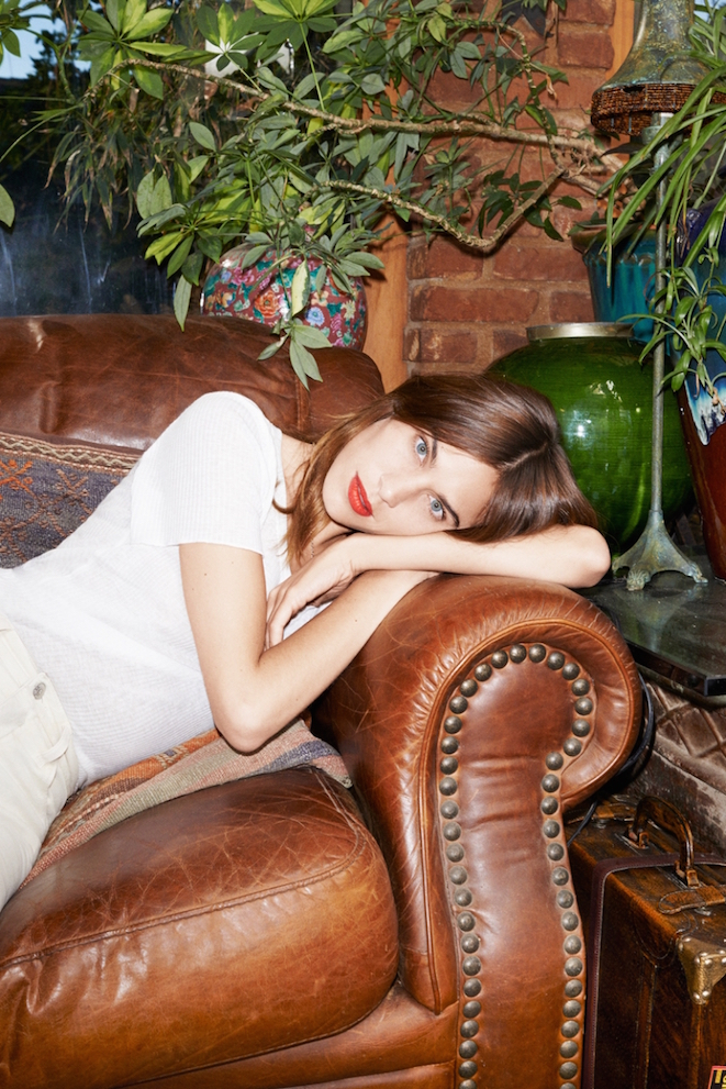 The_Garage_Starlets_Alexa_Chung_AG_Jeans_Collection_2015_14