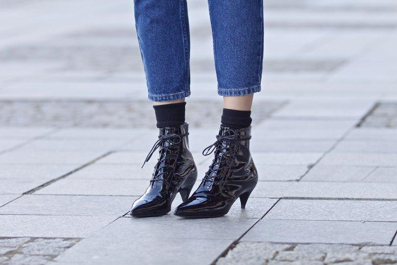 The_Garage_Starlets_Katia_Peneva_Popov_Gucci_Biker_Jacket_Zara_Topshop_Mom_Jeans_Chanel_Bag_Saint_Laurent_Ankle_Boots_Christian_Dior_Sunnglasses_09